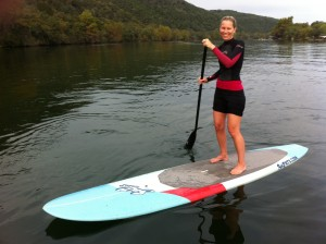 Jamie_Learns_To_Paddleboard
