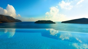 24 pools you need to jump into via Travelrew