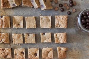 Chocolate Sea Salt Butterscotch Caramels Blondies- via What's Gaby Cooking
